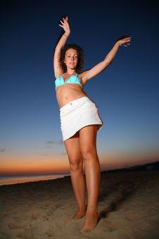 Free Dancing Girl On Shore At Dusk Stock Photo - 6582470