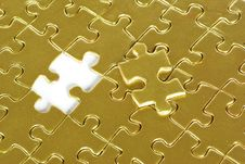 Free Gold Puzzle Royalty Free Stock Photography - 6583717
