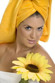 Free Posing Smiling Sexy Female In Towel With Sunflower Royalty Free Stock Images - 6584949