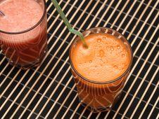 Free Carrots & Grapefruit Fresh Stock Photography - 6587932