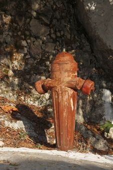 Free Old Hydrant Stock Image - 6593261