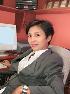 Free Secretary At Office Royalty Free Stock Image - 6596816