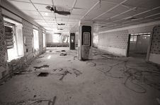 Free Hall In An Abandoned Hotel Stock Images - 6599464