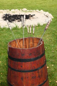Free Red Barrel With Metal Skewers Stock Images - 6599584