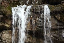 Free Waterfall Royalty Free Stock Photos - 660358