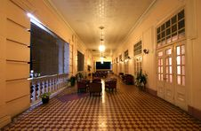 Corridor Of Old Colonial Style Building Royalty Free Stock Image
