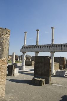 Free Pompei_Roman_Antiquites Royalty Free Stock Image - 661316