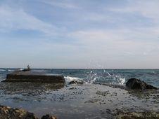 Free Black Sea Royalty Free Stock Image - 662236