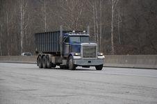 Free Dump Truck Stock Image - 668101
