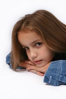 Free Posing Young Girl Stock Images - 668234