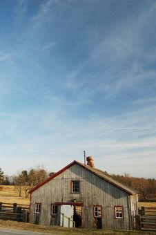 Free Barn Under Blue Sky Stock Image - 669931