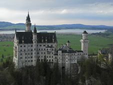 Free Neuschwanstein Royalty Free Stock Image - 6601316