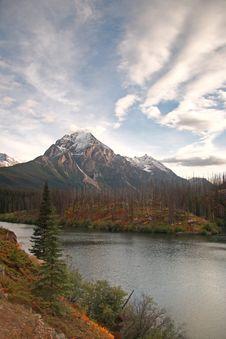 Free Autumn Mountain Stock Image - 6605571