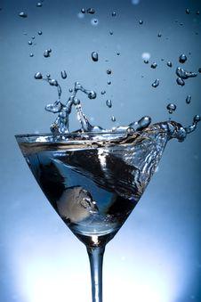 Free Water Splashing! Royalty Free Stock Photos - 6606788