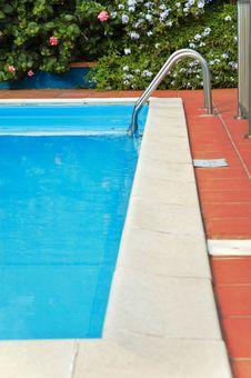 Free Swimming Pool Stock Image - 6608151