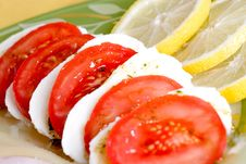 Free Tomato & Mozzarella Dish Stock Photos - 6610033