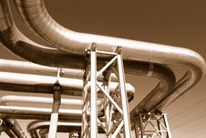 Free Industrial Pipelines Royalty Free Stock Image - 6610846