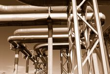 Free Industrial Pipelines Royalty Free Stock Image - 6610896