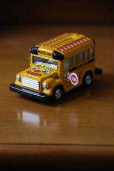 Free School Bus Stock Photos - 6612273