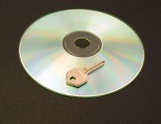 Free CD ROM And Key Royalty Free Stock Photos - 6613268