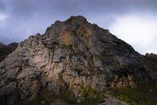 Free Black Peaks Stock Images - 6617264