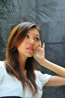 Free Asian Girl Hand Gesture - Hearing 2 Stock Images - 6617294