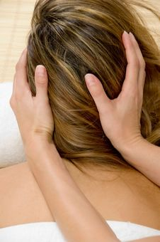Free Beautician Hands Giving Head Massage Stock Image - 6617911