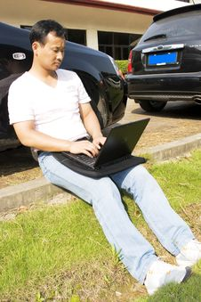 Free Working Outdoors Stock Photos - 6621353