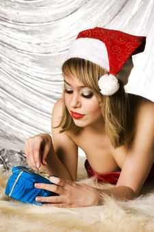 Free Blonde Santa Girl Stock Photos - 6622253