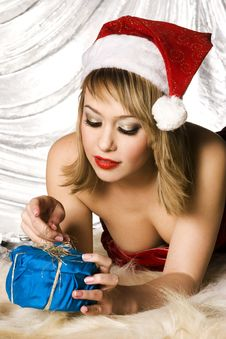 Free Blonde Santa Girl Stock Photography - 6622262