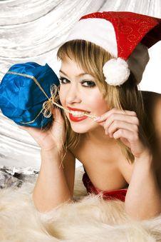 Free Blonde Santa Girl Stock Photos - 6622313