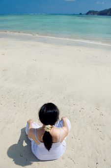 Free Young Woman Meditating On The Beach Royalty Free Stock Photography - 6623677