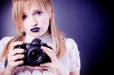 Free Young Girl With Camera Royalty Free Stock Photos - 6624618