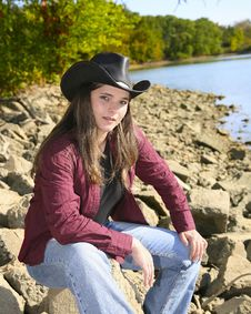 Free Cowgirl Outside Stock Photography - 6625622