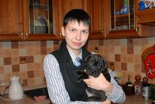 Free Teen Holding Puppy Stock Photo - 6629630