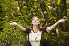 Girl Enjoying Autumn Royalty Free Stock Photo