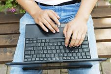 Free Man Using A Laptop In The Park Royalty Free Stock Photography - 6633527