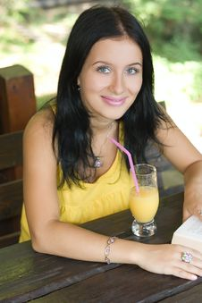 Free Beauty Girl And Juice Stock Image - 6638151