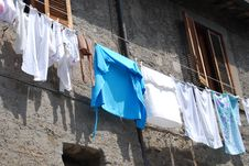 Free Hang Out The Washed Clothes Stock Image - 6639121