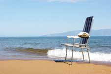 Free Chair On Seacoast Royalty Free Stock Image - 6640306