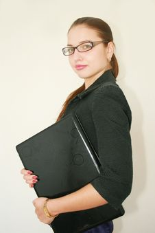 Free Business Woman With A Notebook Royalty Free Stock Images - 6644139
