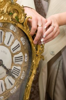 Free Married Couple Hands On Old Clock Royalty Free Stock Photos - 6648608