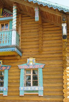 Free Russian Style. Wooden House Stock Photo - 6649080