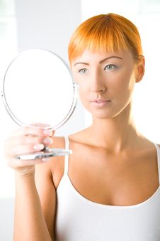 Free Beauty Looking In Mirror Stock Photography - 6649982