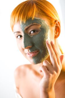 Free Applying Skin Care Mask Royalty Free Stock Photo - 6650265