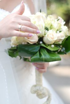 Free Bride And Wedding Bouquet Stock Images - 6650634