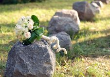Free Wedding Bouquet And Stones Royalty Free Stock Images - 6650649