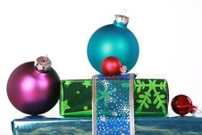 Free Ornaments And Christmas Presents Royalty Free Stock Image - 6652666