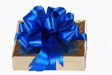 Free Gold Present With Blue Ribbons Stock Photo - 6653070