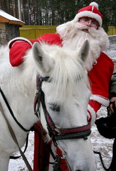 Free Santa Claus With White Horse Stock Images - 6653764
